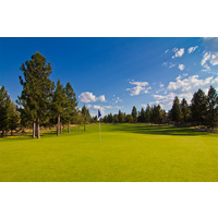 The par-4 13th at River's Edge Golf Course in Bend, Ore., features a straight, flat fairway.