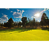 Put your sunglasses on squint at the light: Sun will help you to aim perfectly on 15 at River's Edge Golf Course in Bend, Oregon.